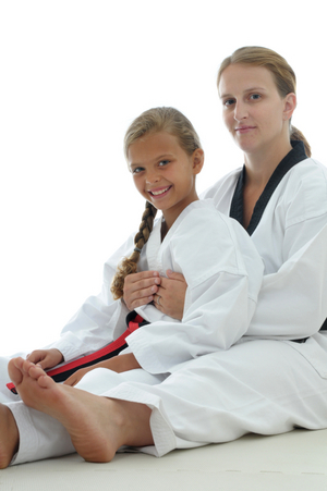 Mother and daughter (Martial arts)
